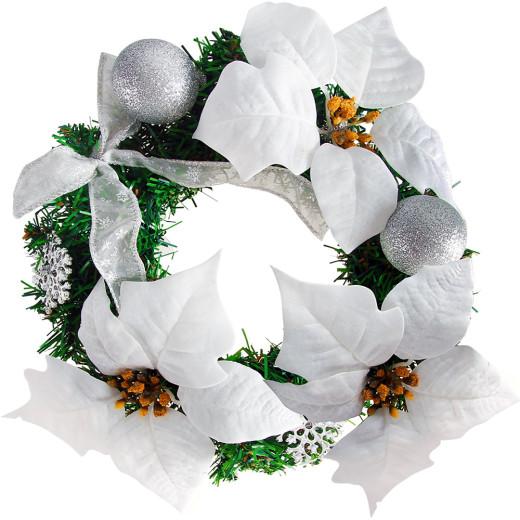 Couronne de Noël avec fleurs